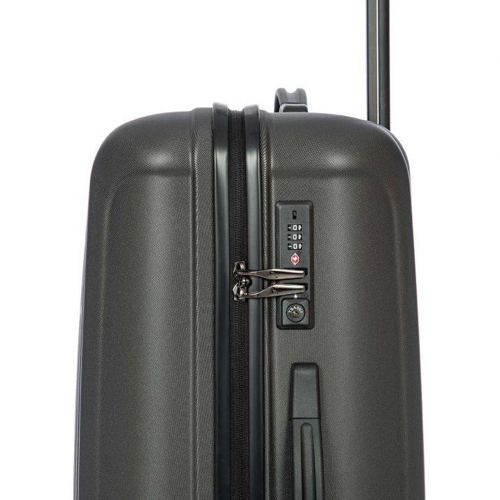 "Capri 27"" Spinner - Matte Black 