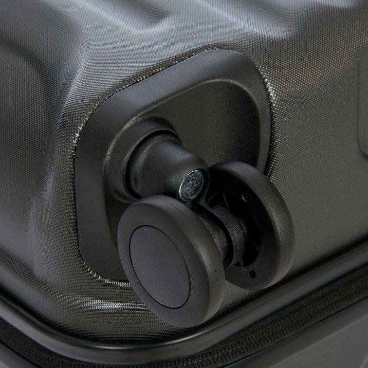 "Capri 30"" Spinner - Matte Black | BRIC'S Luggage"